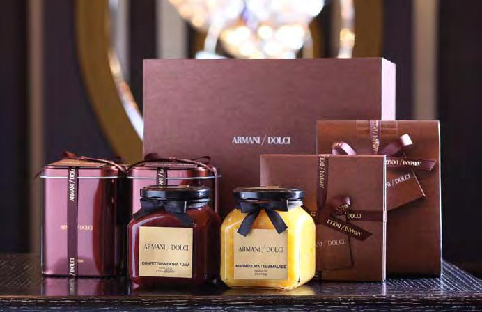 구성기프트세트 A 116,000 원 (Jam strawberry 1ea, Black tea with chocolate 1ea, 2 Pots gift box) 기프트세트 B 167,000 원 (Jam strawberry 1ea, Orange marmalade 1ea,